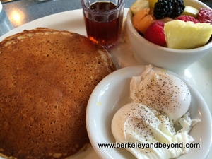 BERKELEY-Rick & Ann's-whole grain pancake-c2015 Carole Terwilliger Meyers-iPhone-300pix