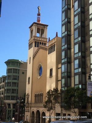 SF-Tenderloin-Glide Memorial Church 2-c2018 Carole Terwilliger Meyers-400pix