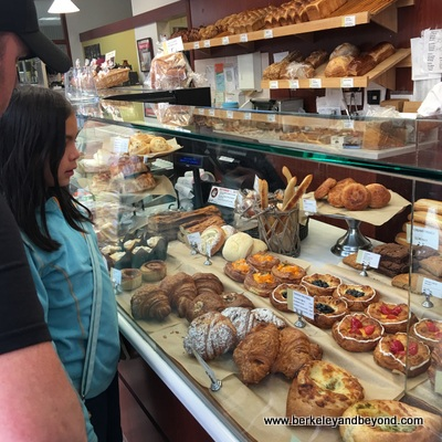 SF-Japantown-West Mall-Andersen Bakery 1-c2016 Carole Terwilliger Meyers-400pix