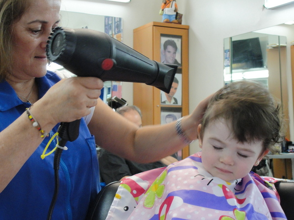 2015-Isabella-2nd haircut 10-c2015 Carole Terwilliger Meyers-600pix