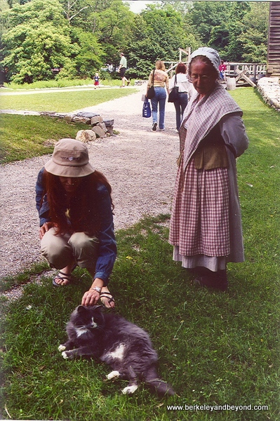 34-cat gallery-New York-Upstate-Philipsburg Manor+Suzie-c Carole Terwilliger Meyers-600pix