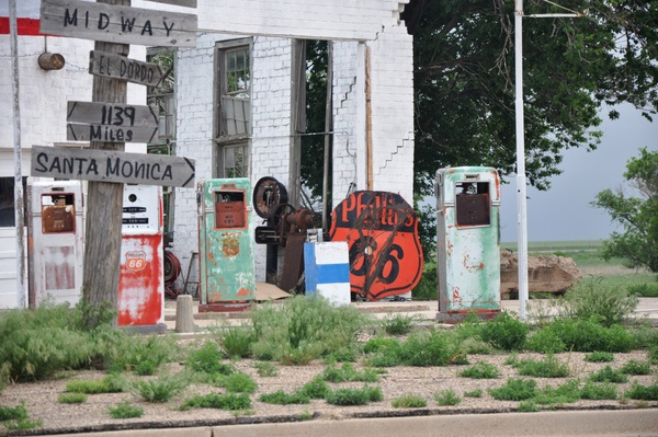 19-signposts-TEXAS-Adrien-Midpoint of Route 66-c Steve Collins-600pix